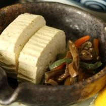 ☆料理_こも豆腐とぜんまい