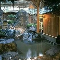 女性庭園露天風呂