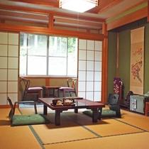 【10畳和室/紅葉(一例)】畳のお部屋でごゆっくりお寛ぎください。