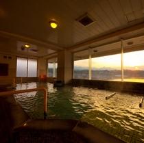 夕日が見えるお風呂