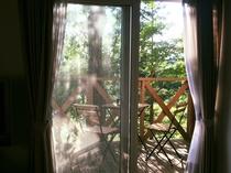 客室テラスからは那須連山の雄大な景色が