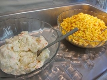 ポテトサラダとコーン