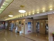 ホテル1階EVホール前