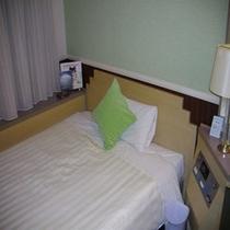 《レディースルーム》グリーンとブルーのパステルカラーで涼しげなお部屋