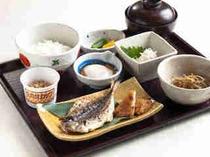 【本館2階八吉 朝食例】日本人はやっぱり一汁三菜の食事が一番!