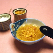 大和名物「朝食の茶粥」
