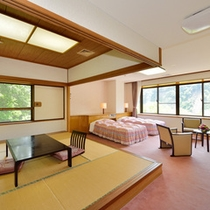 ◇バストイレ付 和洋室(特室10畳+2ベッド)