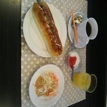 朝食(ホットドッグ)