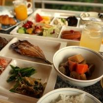 【朝食】和食も充実!