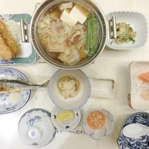 *【食事例】旬の味覚をお楽しみ頂けるお食事。ぜひ一度ご賞味下さい。
