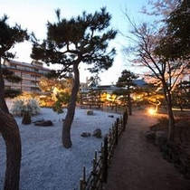 ゆるりの桜春の庭園イメージ