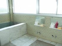 2F 男女入れ替え浴場