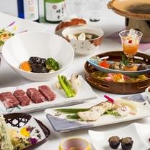 【人気のご夕食~旬彩和膳~】蔵王の旬の味覚を彩り豊かに盛り付けられた和会席膳。