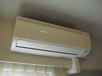 各部屋、個別に空調管理ができます