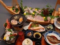 夜食ラーメン付き豪華舟盛り付きプラン料理例