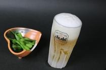 キンキンに冷えたビールをお楽しみください