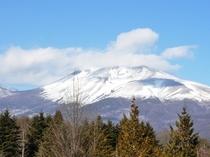 浅間山雪景色