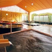 3階 湯めみの庭はいくつものお風呂が楽しめます