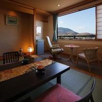 純和風な客室はお客様を優しく迎えてくれます