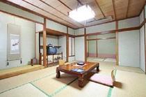12畳+4.5畳2間(改装室)トイレ付き和室