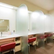 女性大浴場パウダールーム