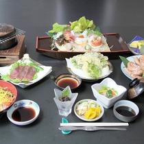 *【夕食一例/おもてなし膳】お造りや焼き物など、旬の味覚を中心にご提供します。