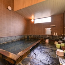 *大浴場/肌にスーッと馴染むやわらかな天然温泉はお肌を優しく包みます。