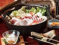 冬季限定 猪鍋!珍しい特製醤油ダシ♪