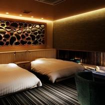 【離れ 季音庵 波乃音(なみのね) 客室】華やかでモダンな雰囲気の中にも荘厳さを持つ部屋