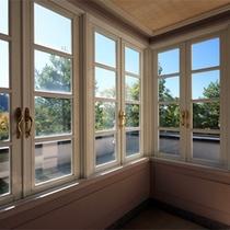 *客室一例/角部屋からは晴れていれば浅間山を眺められます。※ご指定は出来ません。