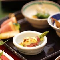 *夕食一例/期間限定の会席料理コース※ご希望の際はお問い合わせ下さいませ。