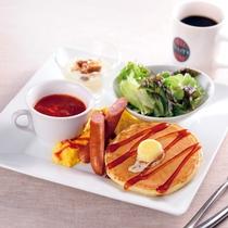 朝食:パンケーキプレート