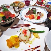 [夕食和洋会席膳]状況により四季折々の味わいを楽しめる和洋会席膳になる場合もございます。