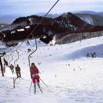 当館から近いスイス村スキー場