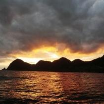 海から眺める朝日に感動!