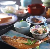 とト屋オリジナル「ヘルシー和朝食」