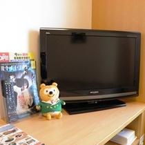 32型客室テレビ