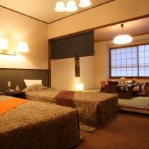 【快眠】シモンズベッドの広々和洋室(ツイン+8畳 トイレ付)