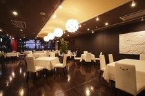 レストラン海 夜