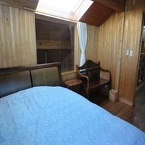 寝室 1ベッド