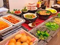 ★朝食バイキング★ 【平日】6:30~9:00 【日・祝日】6:30~9:30