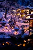 向瀧冬の風物詩「雪見ろうそく」