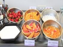 ビュッフェのフルーツ