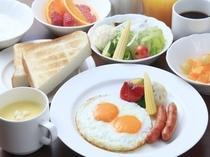 フライエッグ朝食