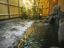 藍の湯(露天風呂)