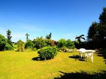 【ガーデン】客室の前に広がる美しい庭園!ご自由にお過ごし下さい♪