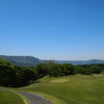 絶景見ながらゴルフ、なんて最高!