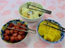朝食の一例 お漬物3種
