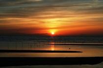 【周辺の魅力】真玉海岸の夕陽