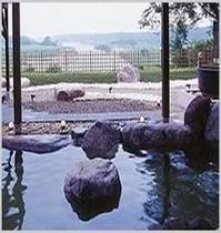 思川温泉は天然の露天風呂です☆お車にて約10分!